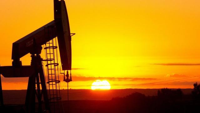 OPEP : Les cours du pétrole grimpent de 10% suite à l'accord « historique » pour limiter la production